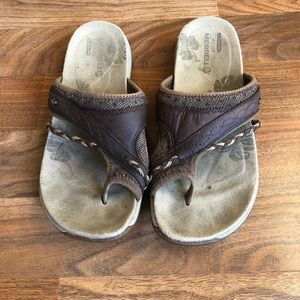 Merrell Brown Leather Thong Sandals Flip Flop Shoe